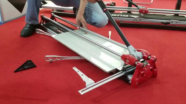 Máy cắt gạch Rubi Tiger 1200 Magnet giá rẻ