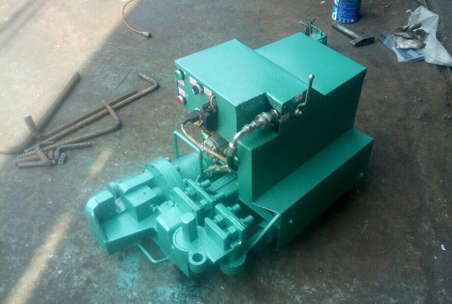 Máy cắt uốn sắt thủy lực 3KW (220V)